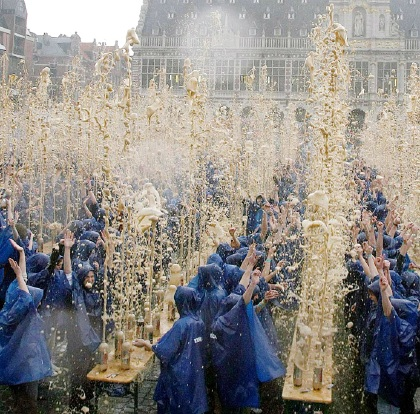 Mentos and Diet Coke world record attempt in Leuven
